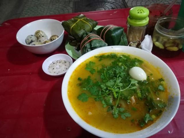 ベトナムの麺料理バンカンクア