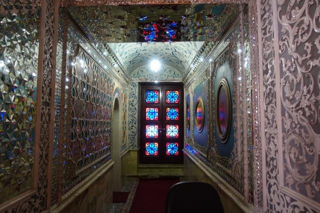 イランの宮殿