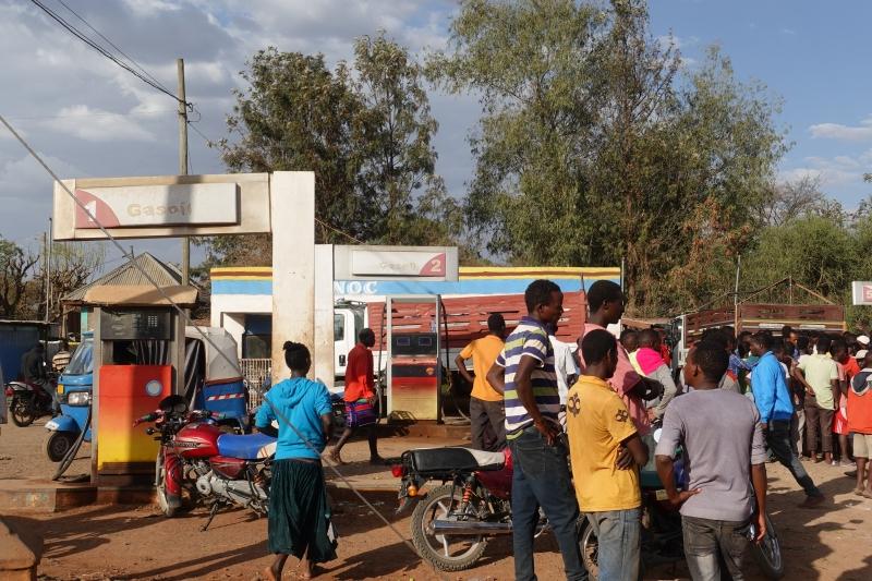 エチオピアのガソリンスタンド