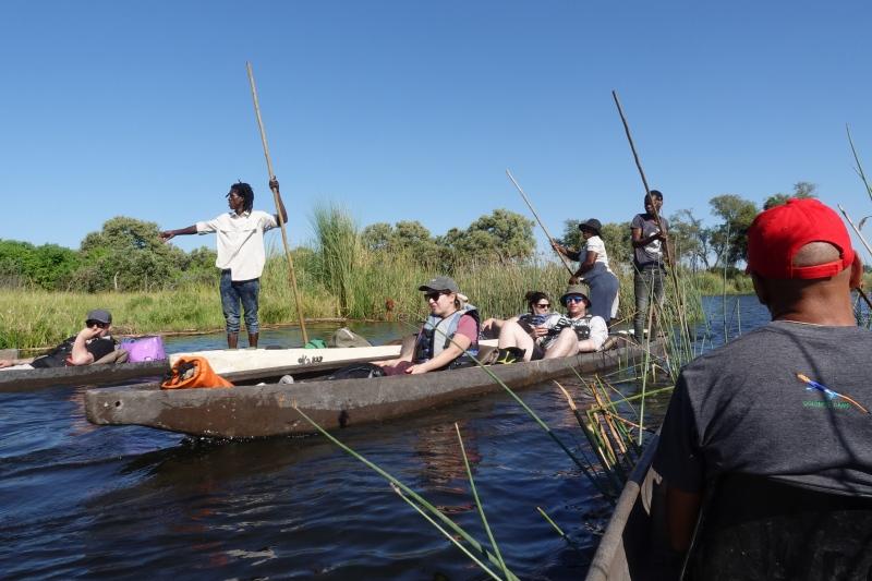 オカバンゴ・デルタのモコロツアー