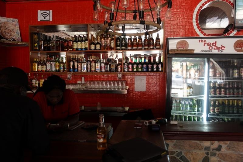 ジンバブエのレッドカフェ